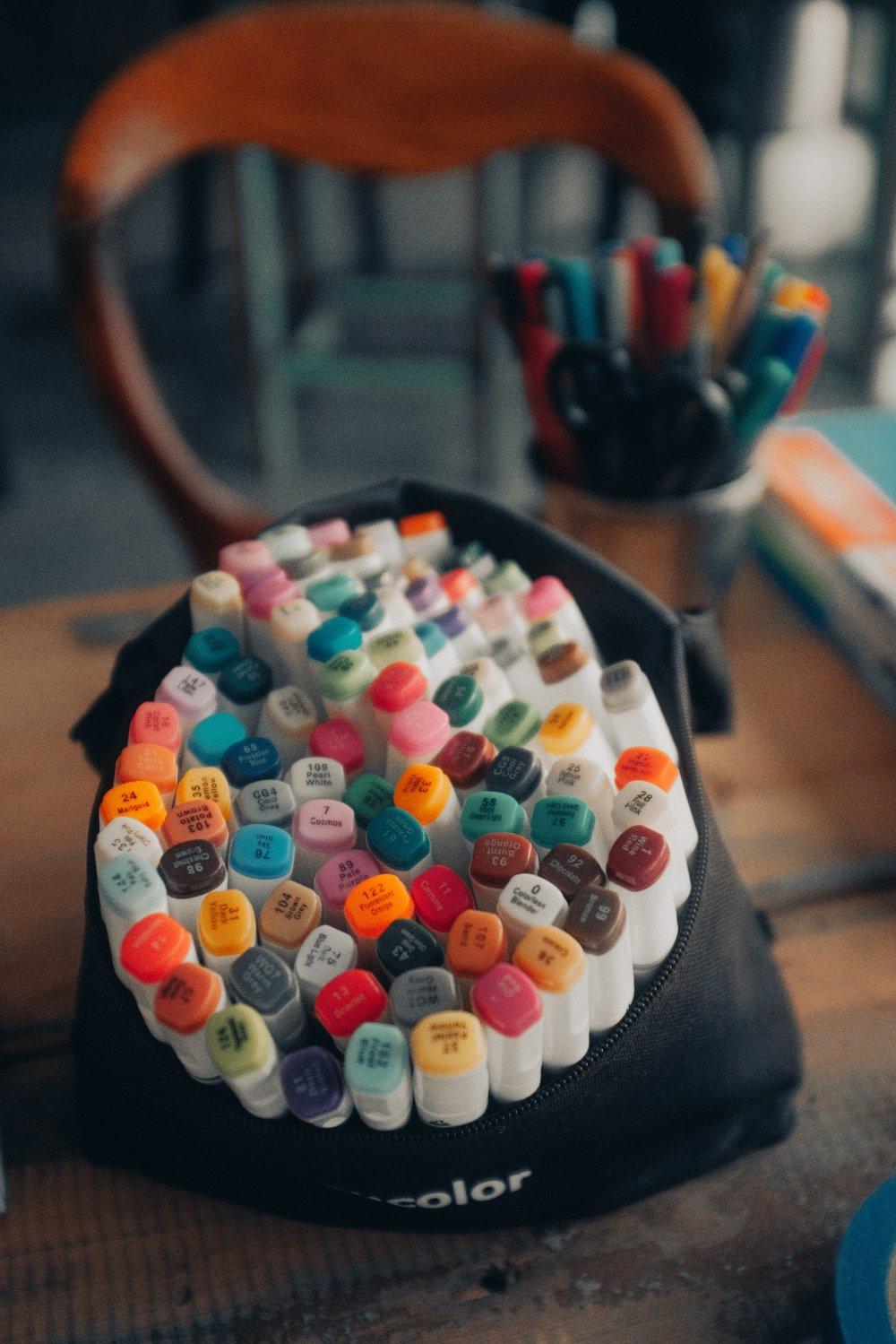 Lad dine børn være kreative med Posca tusser